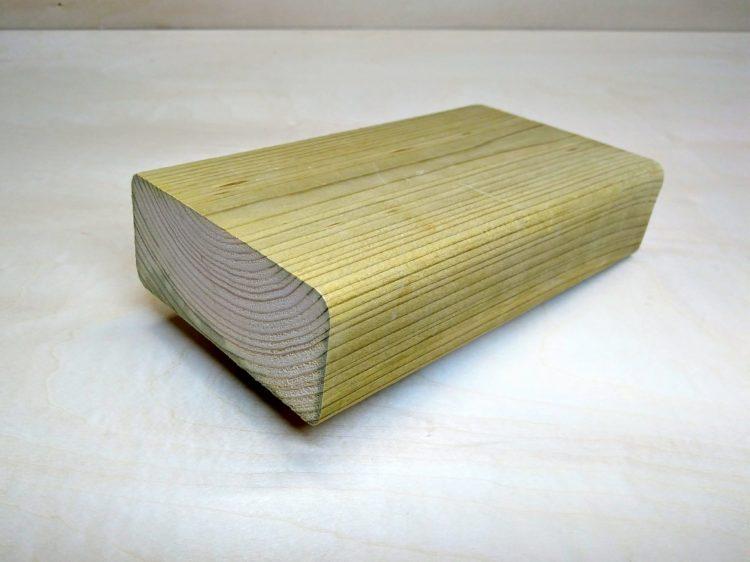 2×4防腐剤注入木材