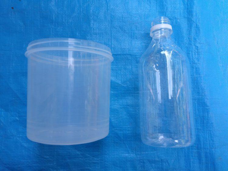 型枠 プラスチックカップ 空ペットボトル