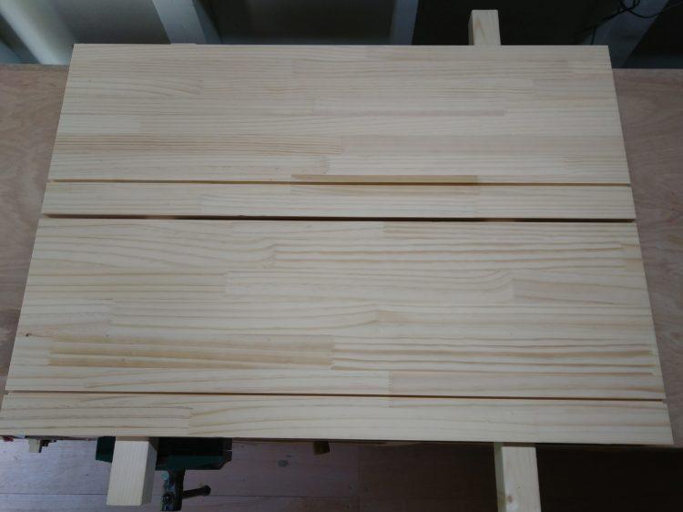 天板・棚板の溝
