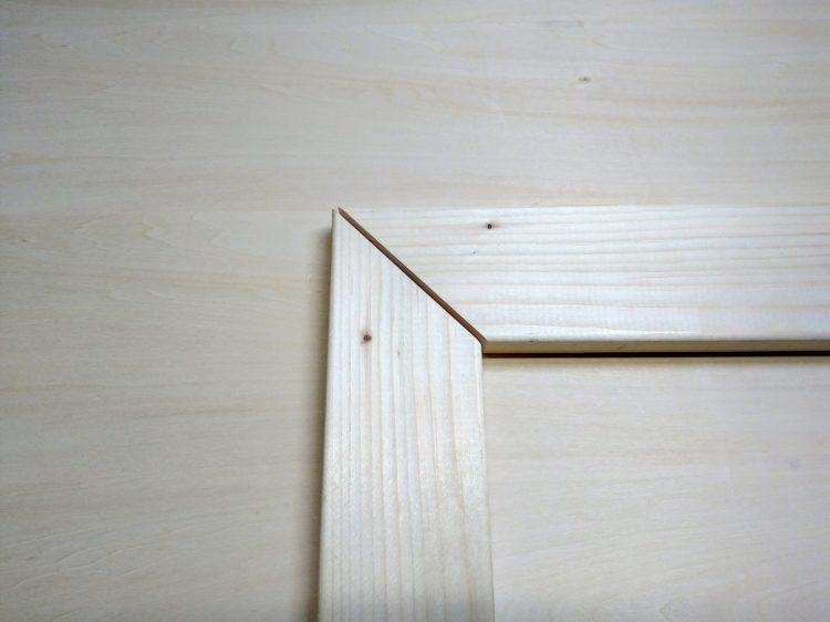 留め(45°)の木口どうしの接合
