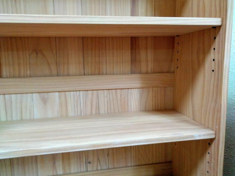 棚ダボを使用した可動棚