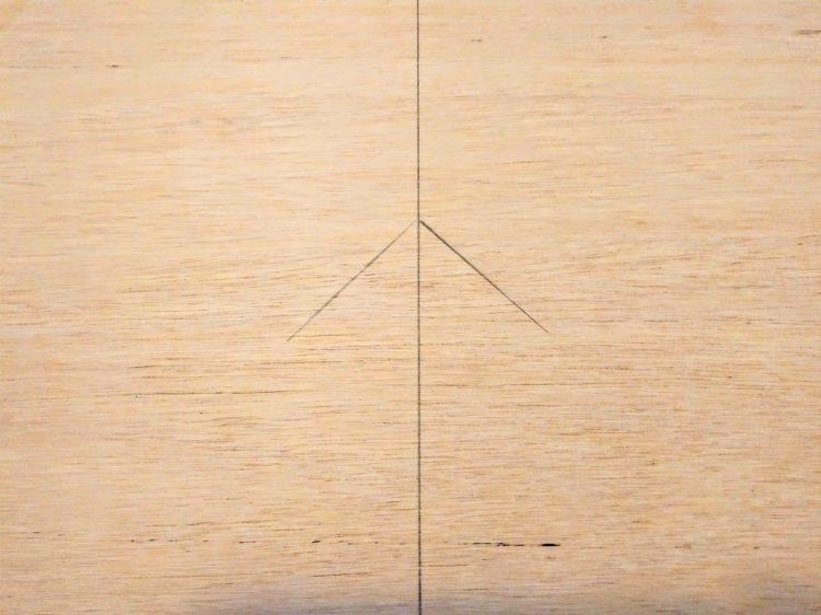 基準材の墨線