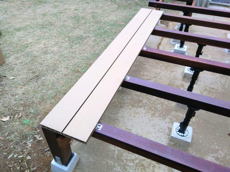 2枚目の床板を固定