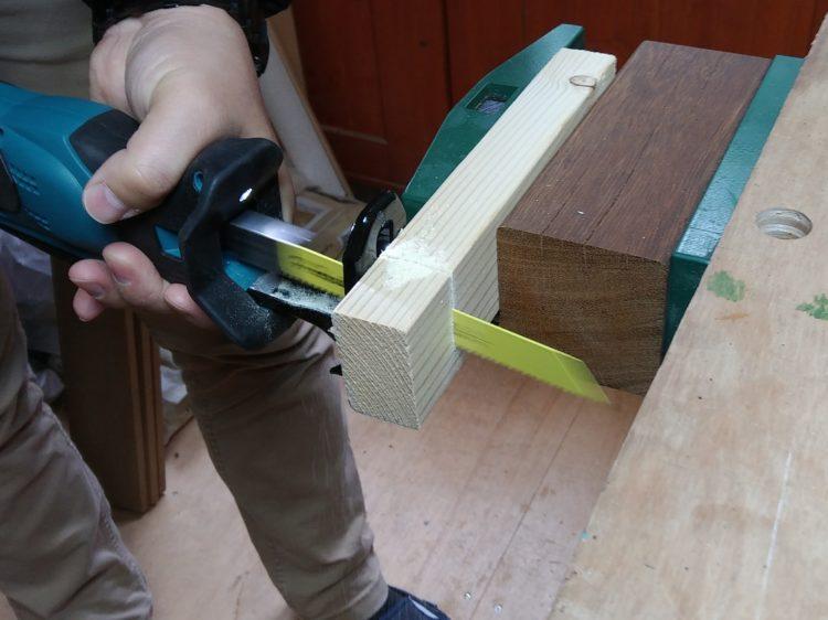 木工用レシプロソーブレードによる切断