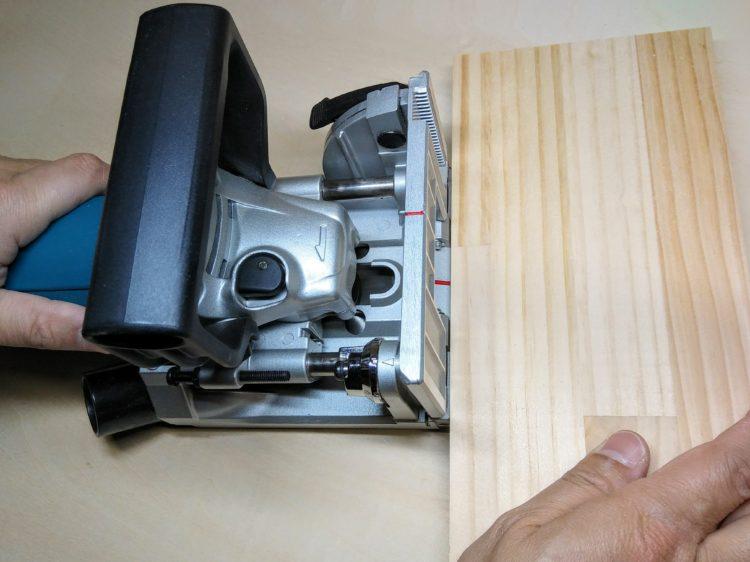 部材側面に押し当て切削