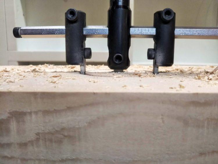 板厚の半分以上切削する