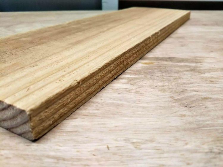 木端面が仕上げ切削されていない材