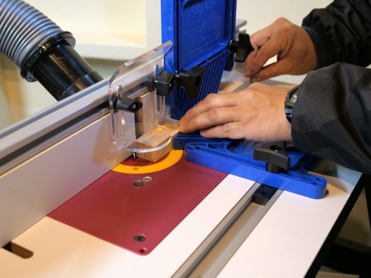 細い材・短い材の段欠き加工