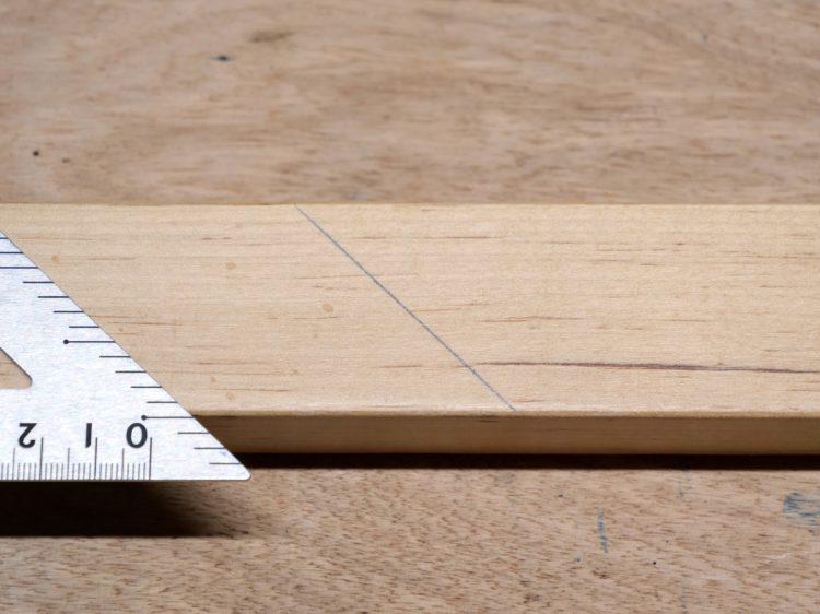 留め(45°)の墨線