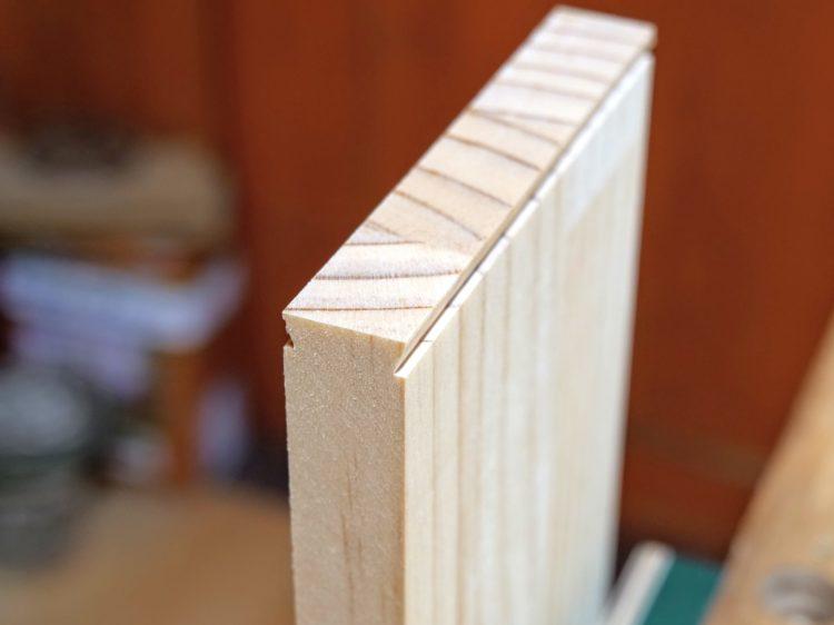 B材の木口面にあり形加工