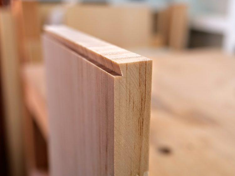 B材木口面を片あり形に加工